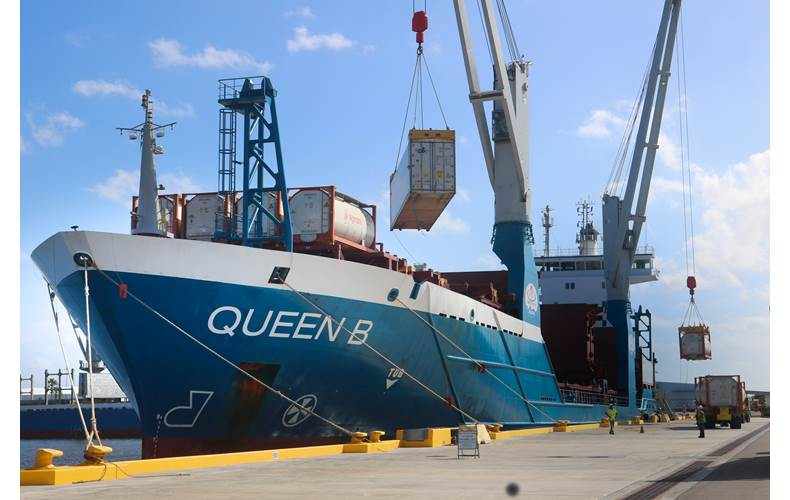 At Port Manatee, cargo is offloaded from World Direct Shipping's M/V Queen B, which is soon to shift to a new weekly service from Mexico's Port of Tuxpan, while an additional vessel is deployed between Coatzacoalcos, Mexico, and Port Manatee. (Photo: World Direct)