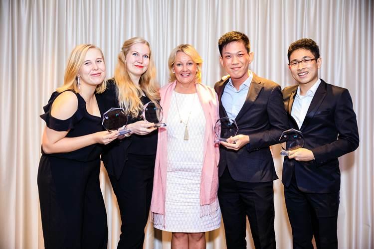 The winning team with HE Paula Parviainen, Ambassador of Finland to Singapore. From left to right: Anni Heiskanen, Henriikka Hakala, HE Paula Parviainen, Ambassador of Finland to Singapore, Lim Wei Da, and Jonathan Jie (Photo: Singapore Maritime Institute)